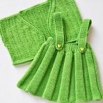 yeşil etek ve yelek triko el işi bebek takımı