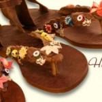 çok cici çiçekli sandalet modelleri
