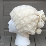 beyaz ponponlu bere modeli örneği