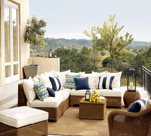 hasır beyaz minderli bahçe mobilyası modeli