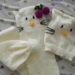 hello kitty örgü bebek atkı resimleri