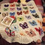 kelebekli sevimli tığdan bebek battaniyesi