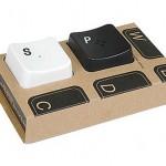 klavye şeklinde farklı baharatlık resimleri