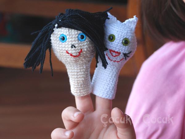 krem rengi örgü kız ve kedi kukla örnekleri