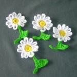 papatya şeklindeki mini basit tığ işi motifler