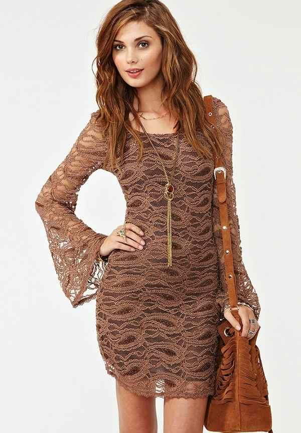 toprak kolları uzun volanlı elbise