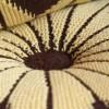çiçek desenli kahve krem yastık modeli