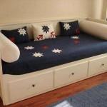 genç odası en güzel aplike yatak örtüleri