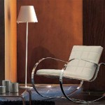 metal ayaklı beyaz deri sallanan sandalye modeli