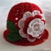 örgü kırmızı beyaz şapka el işi