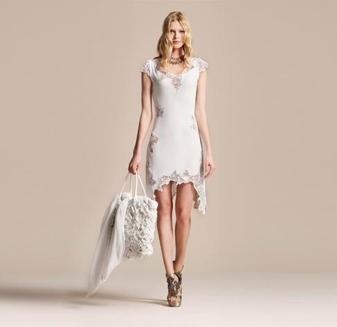 beyaz elbise ve modeli