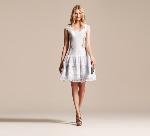 beyaz yazlık elbise modeli