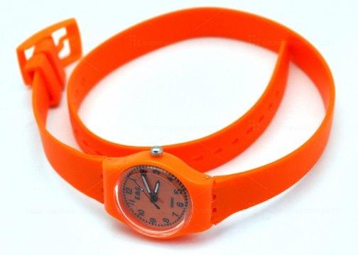 çift dolamalı silikon kordonlu saat modeli