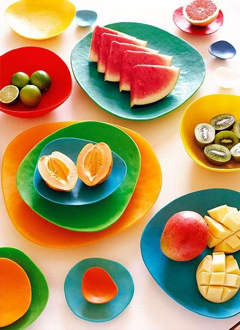 renkli kahvaltı tabakları