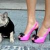 pembe siyah rugan ayakkabı modeli