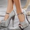 gümüş renkli platformlu ayakkabı modeli