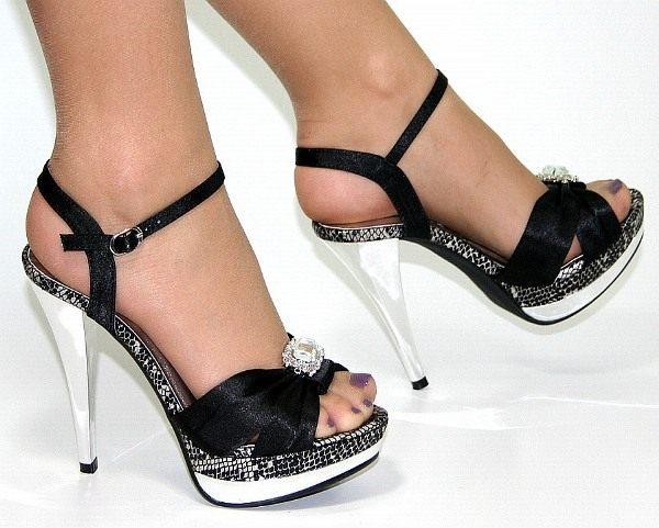 platfomlu yaşlı siyah abiye ayakkabı