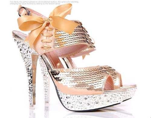 pullu gece ayakkabısı