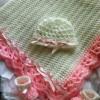 beyaz pembe biyeli bebek battaniyesi