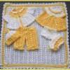 sarı beyaz bebek elbise patik ve battaniyesi