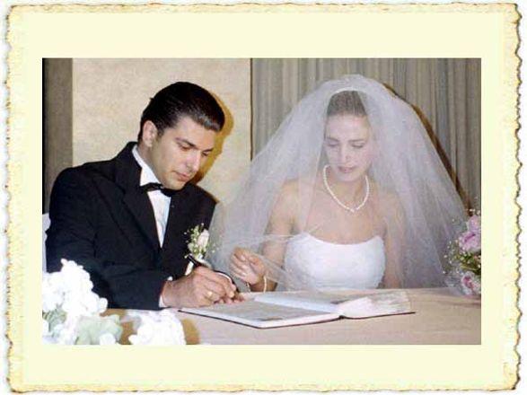 Cenk Torun ile Nevin Ursavaş'ın evlilik resmi