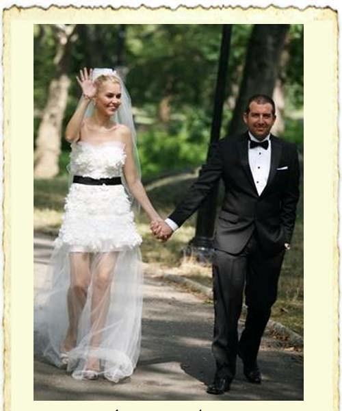 Didem Uzel ile Selim Sarı'nın evlilik resmi