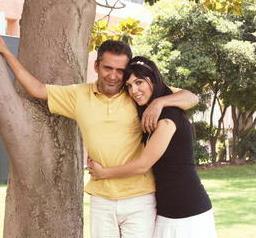 Genç yaşta evlenen Yavuz Bingöl'ün de boyunca kızı var