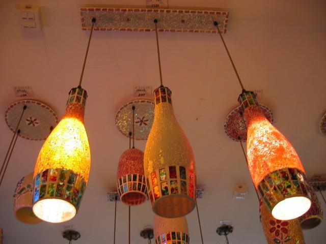 Benzersiz Tasarım çok renkli el yapımı cam şarap şişesi lamba