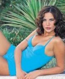 Demet Şener 1995'te Türkiye Güzeli seçilmişti