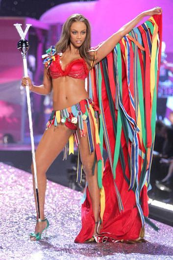 Tyra Banks bir dönemin en ünlü mankeni idi