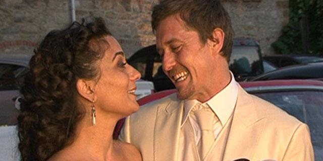 25 Oyuncu Mete Horozoğlu ve eşi Elif Hanım