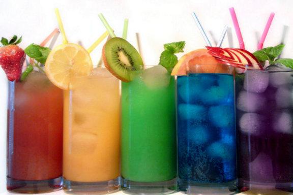 şekerli ve gazlı içecekler.