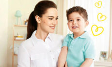 2 yaşında reklam yıldızı olan Karan Özçivit, ilk deneyimini annesi Fahriye Evcen Özçivit ile yaşadı.