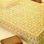 sarı dantel yatak örtüsü